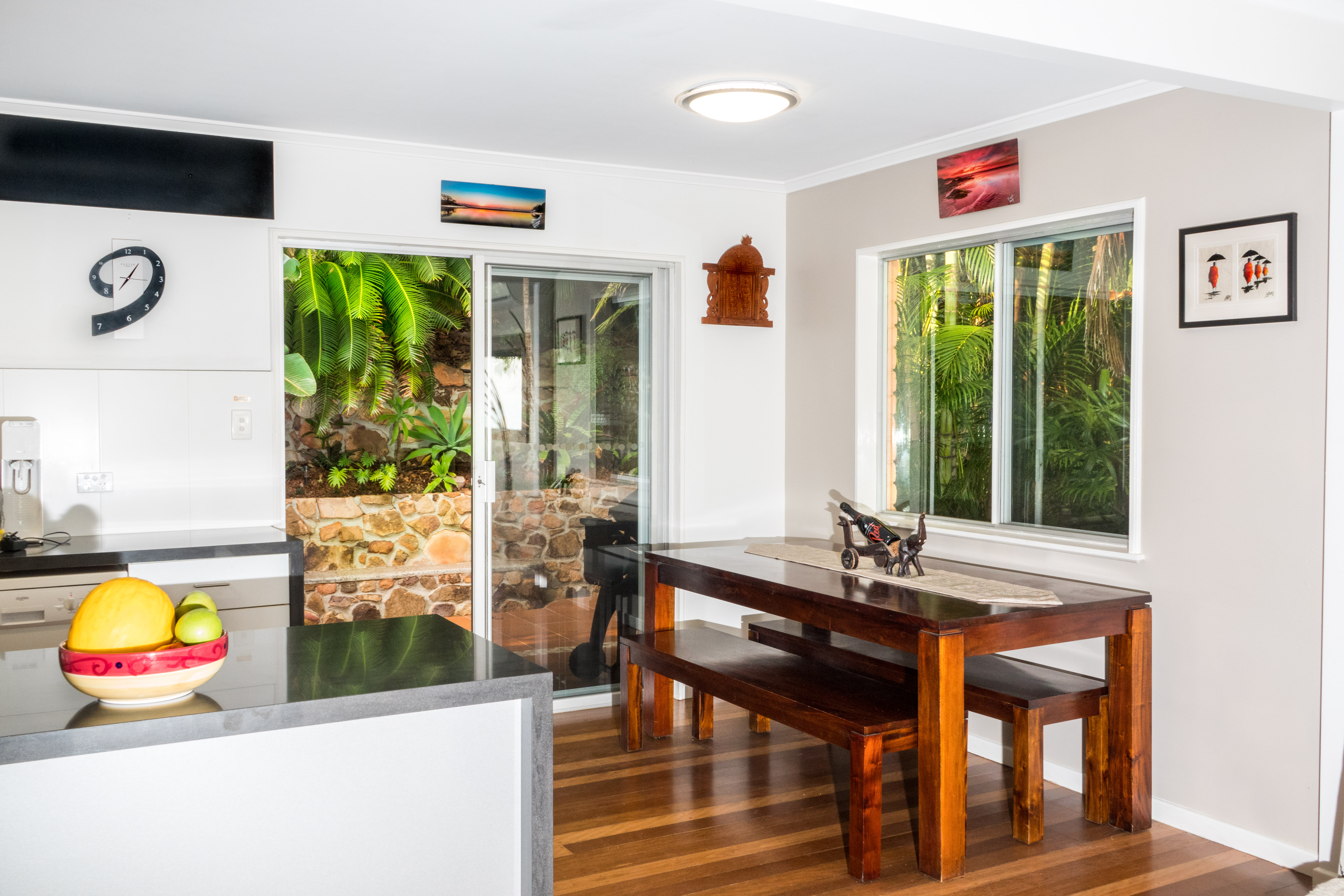 coolum_petfriendly_holiday_house
